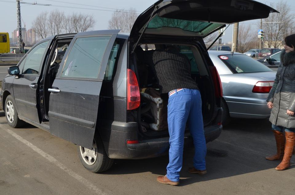 Чудеса вместимости Peugeot 807!)))