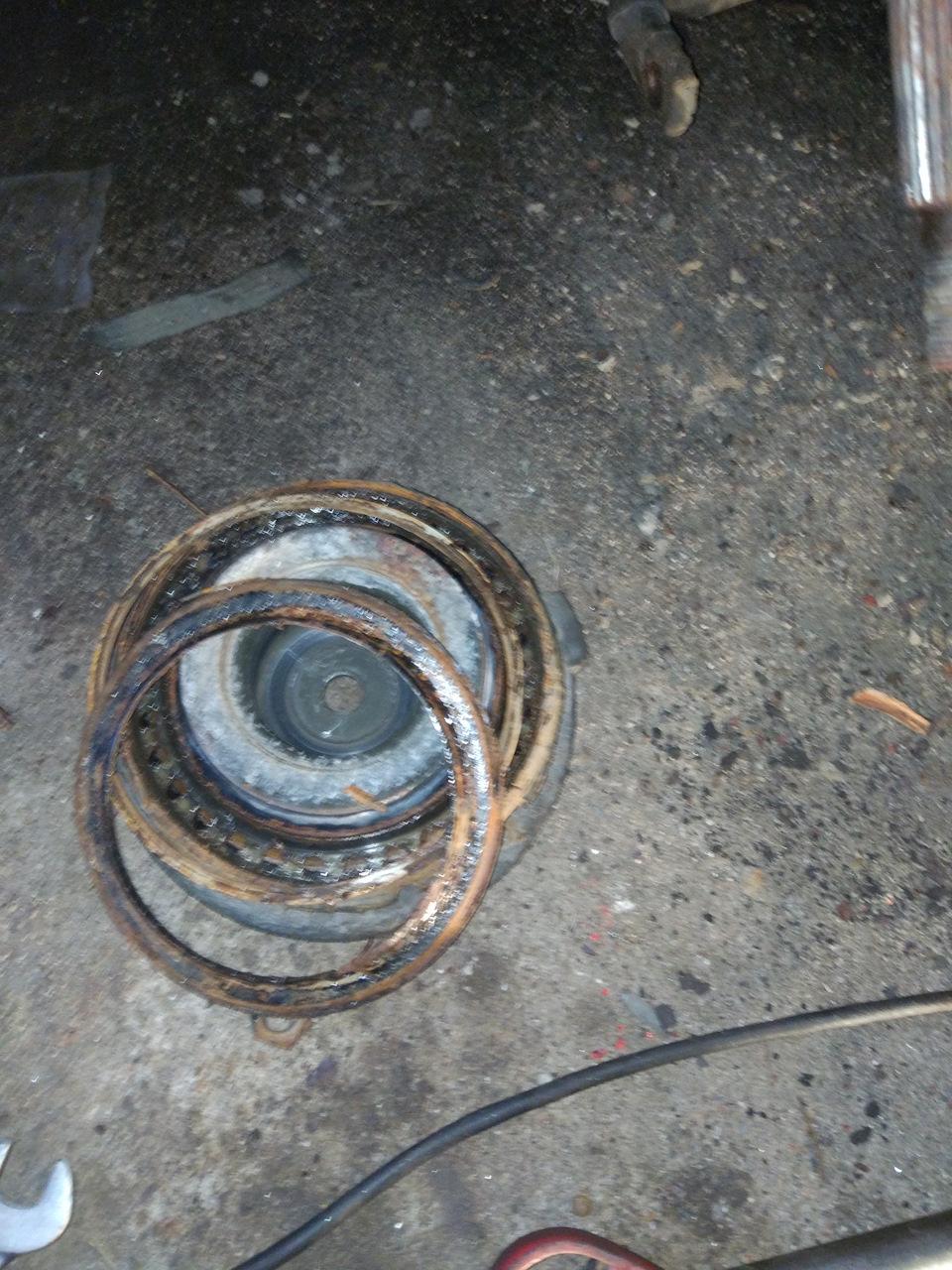 Замена опорных подшипников, пердних пружин и опор передних стоек аммотризаторов