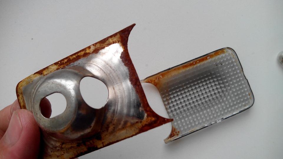 Чистка потолочного плафона, вентиляторчика и датчика температуры.Часть 2
