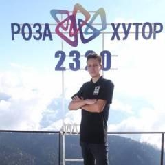 Олег Поплавский