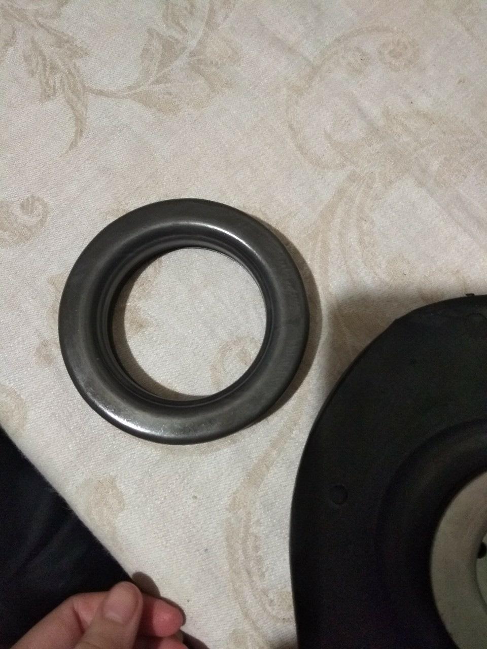 Замена передних пружин и комплекта опор с опорными подшипниками