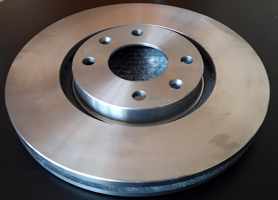 BREMBO — тормозные диски для PEUGEOT 2008.