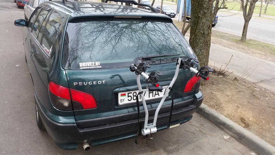 Велобагажник на фаркоп Thule Xpress 970.