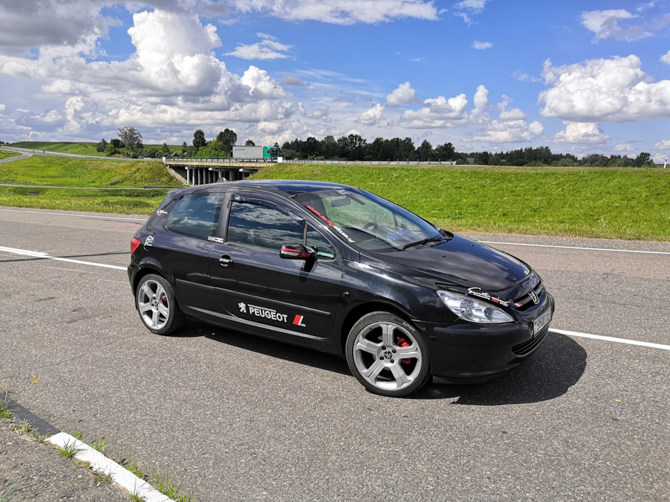 №36. Год владения Peugeot 307 в цифрах.