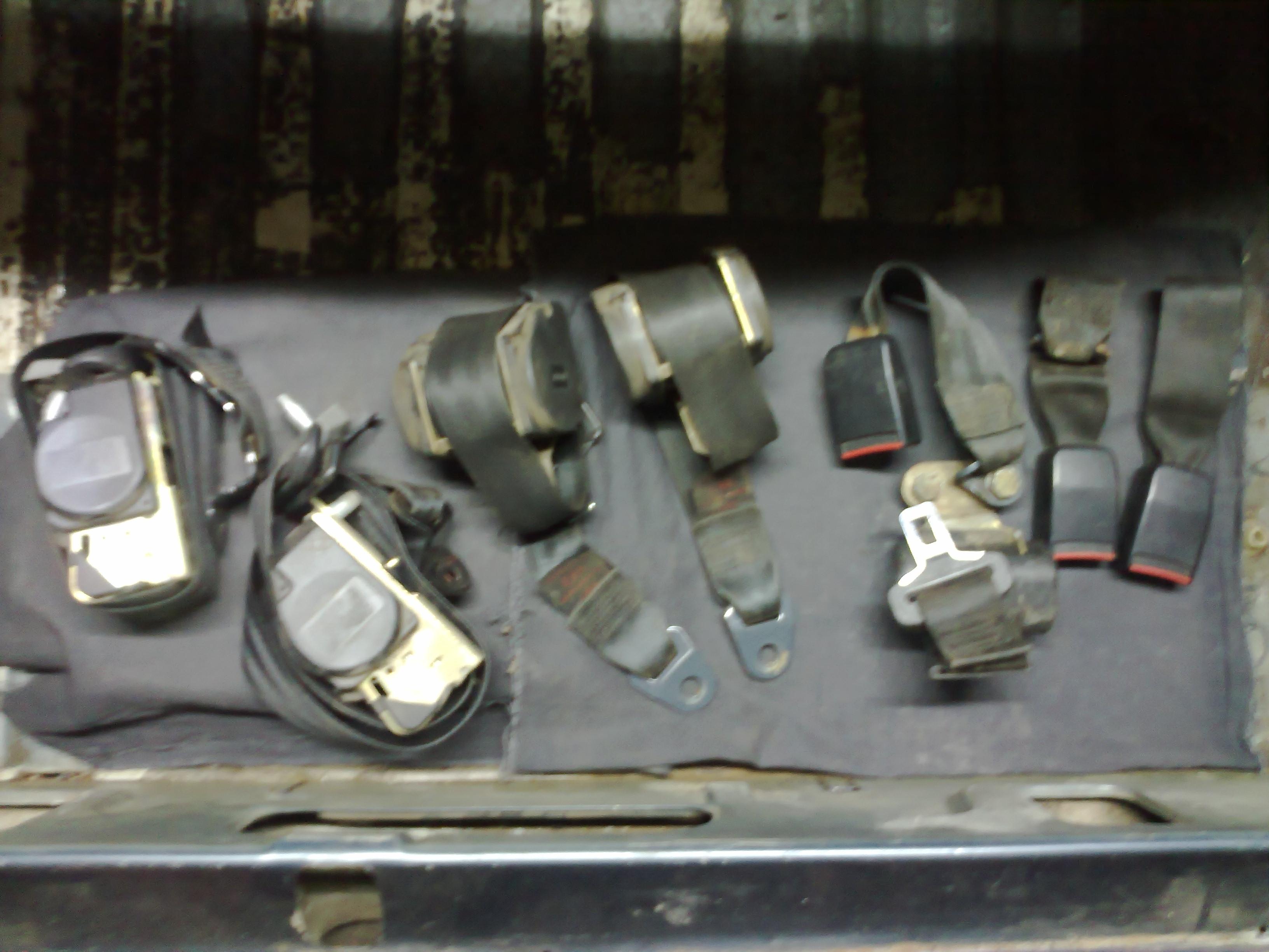 Ремень безопасности (комплект) на всю машину пежо 605 2.0б,1993г.в